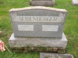 Pauline June <I>Seidenberger</I> Walker