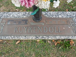 Theresa B Kuykendoll