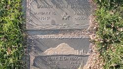 Donald Edwin Davidson