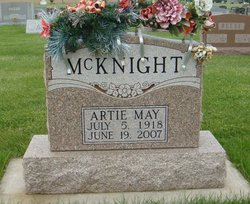 Artie May McKnight