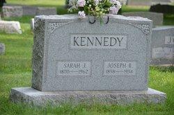 Sarah J Kennedy