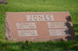 Mary J <I>Reese</I> Jones