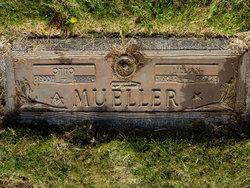 Lillian <I>Tepper</I> Mueller
