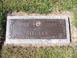 Dorothy Margaret <I>Wonderly</I> Siegler
