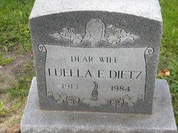 Luella E Rewitzer