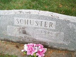 Laura <I>Lueders</I> Schuster