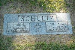 Louie E Schultz