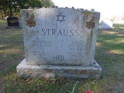 Ilse <I>Doernberg</I> Strauss