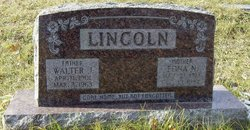 Walter J Lincoln