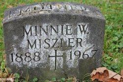 """Willaminna """"Minnie"""" Weist"""