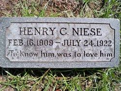 Henry C Niese