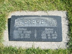 Betsy Abiah <I>Syme</I> Brewer