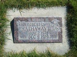 Robert L Hathaway, II