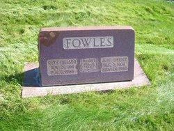 Ruth <I>Nielson</I> Fowles
