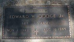 Edward W Dodge, Jr