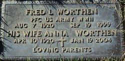 Anna Worthen