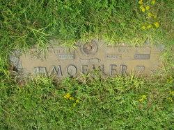 Kenneth O Moeller
