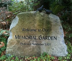 Mercer Island Congregational Church Memorial Garde