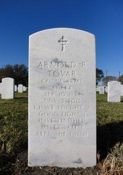 Arnold R Tovar