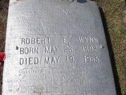 Robert E. Wynn