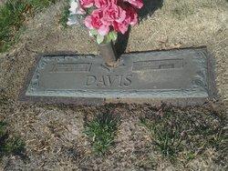Doris Jean <I>Silvertooth</I> Davis