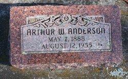 Arthur W Anderson