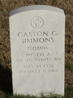 Gaston G Simmons