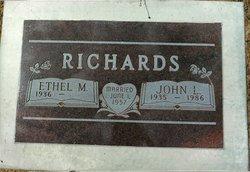 John L Richards
