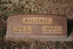 Lorenz R Balleweg