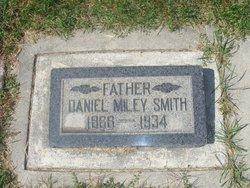 Daniel Miley Smith