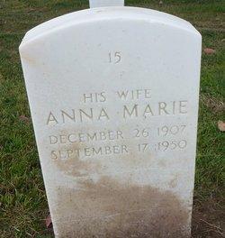 Anna Marie Gil