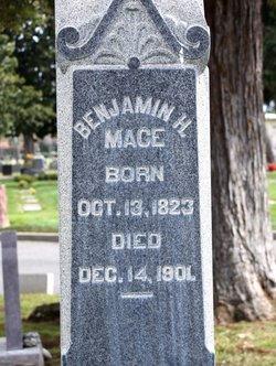 Benjamin H Mace