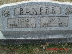 A Banks Benfer