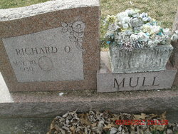 Raymond O Mull