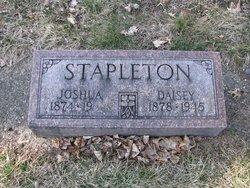 Daisey Stapleton