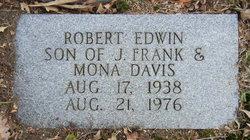 Robert Edwin Davis