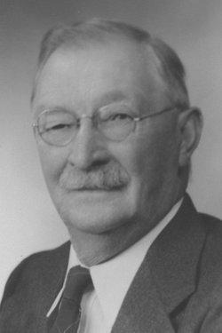 William W Baxter