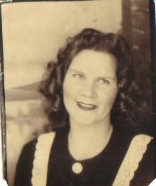 """Gertrude L. """"Gertie"""" <I>Snyder</I> Carr"""
