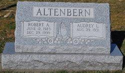 Dr Robert A Altenbern