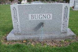 Mary L Bugno