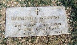 Kenneth L Garriott