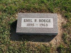 Emil R Boege