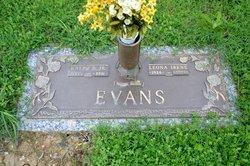 Leona Irene <I>Robertson</I> Evans