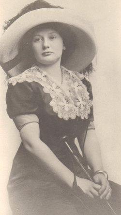Lois Iva <I>Denend</I> DeShetler