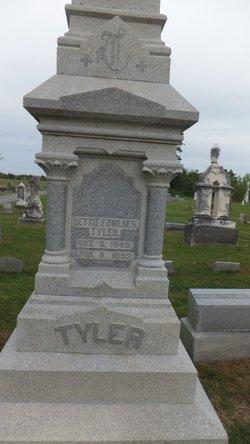 Bettie <I>Fowlkes</I> Tyler