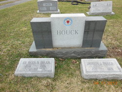 Thobern Neely Houck