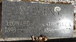 Leonard R Stevens