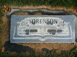 Della <I>Boyer</I> Sorenson