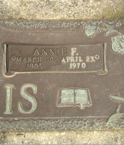 """Anna Francis """"Annie"""" <I>Edwards</I> Harris"""