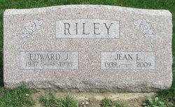 Jean Louise <I>VanGuilder</I> Riley
